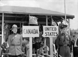 Canada_US_pipeline_border