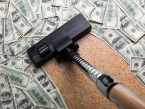 vacuum money