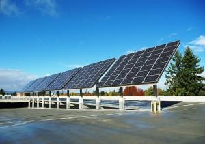 1024px-Solar_panels_front_at_the_Hillsboro_Intermodal_Transit_Facility_-_Hillsboro,_Oregon