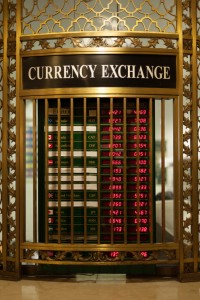 Currency Exchange, Currency Moves