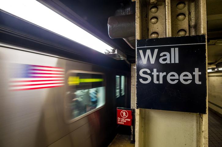 Ex-Deutsche Bank Traders Convicted in LIBOR Rigging