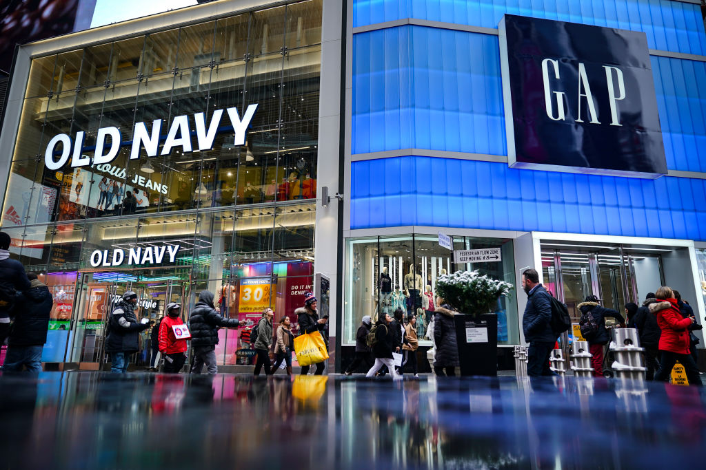 Gap Cancels Plan to Spin Off Old Navy - CFO