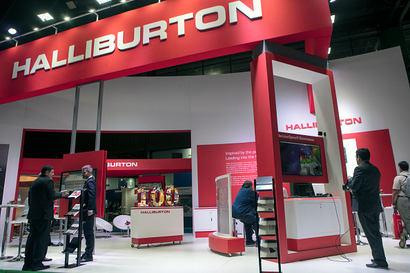 Halliburton Takes $2.2B Charge From Shale Slump - CFO