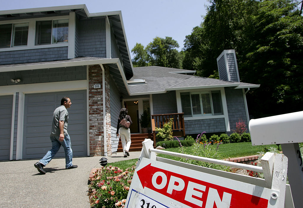 Zillow Beats Estimates on Strong Homes Growth