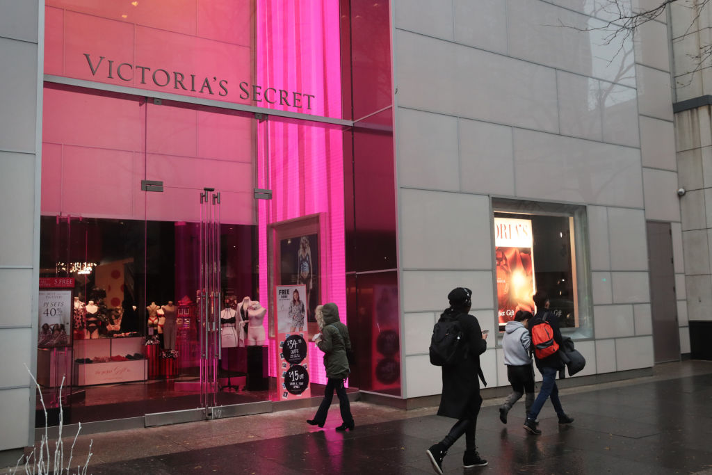 Wexner Sells 55% of Victoria's Secret for $525M